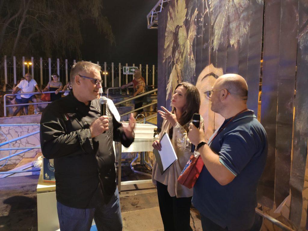 lo chef Paolo Fugali alla festa della mandorla 2019